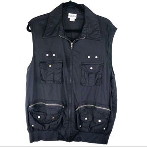 Light Cotton Black Vest Zip Up & Zip Pockets